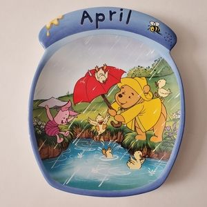 Winnie the Pooh The Whole Year Through Plate